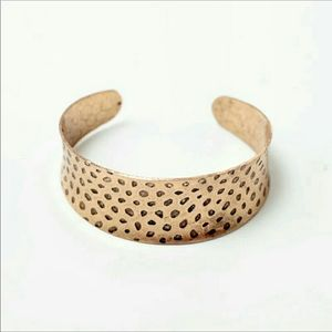 Jewelry - NWT 18k Gold Plated Brass Hammered Cuff Bracelet